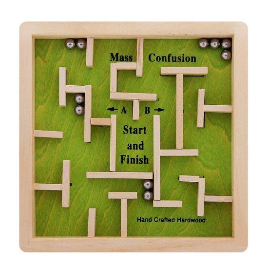Дървена игра лабиринт в зелено