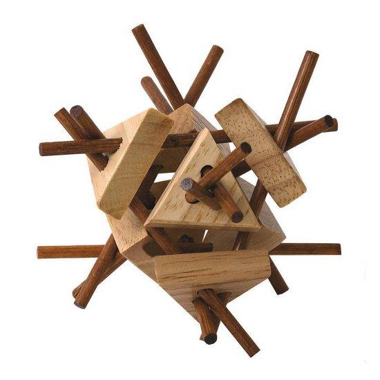 """Дървена главоблъсканица """"Плетеница с триъгълници"""""""