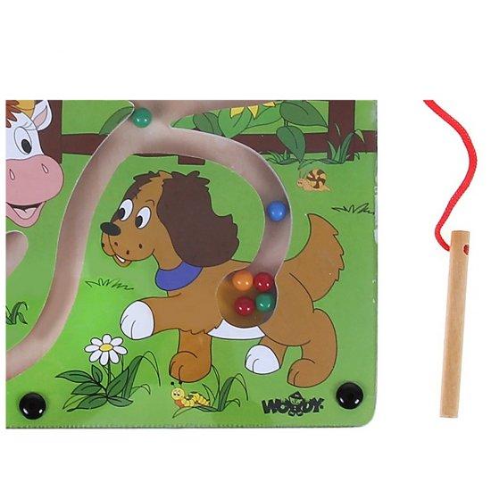 Дървен лабиринт с магнит - Нахрани животните
