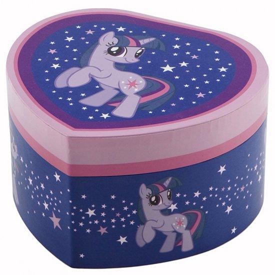 Музикална кутия, голямо сърце - Малкото пони Искрица