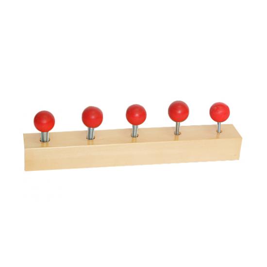 Болтове на дървено блокче - Монтесори материали