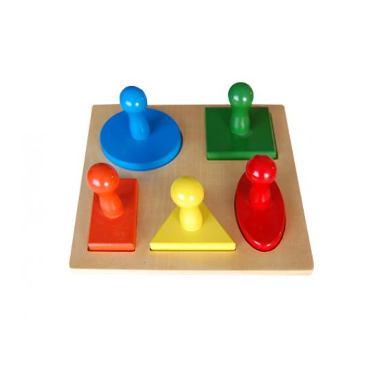 Пъзел - пет геометрични фигури - Монтесори материали