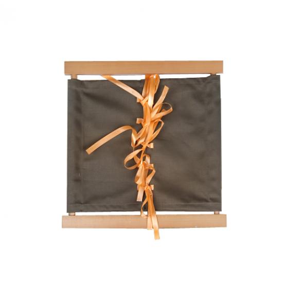 Рамка за връзване на панделки - Монтесори материали